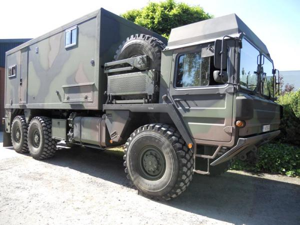 sec 4x4 military motorhome very heavy and strong sec motorhome glossy