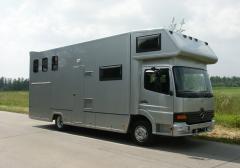 SEC Horsetruck M 7500