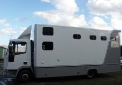 SEC Horsetruck L 8000