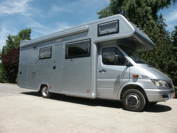 20170416&225505_Badkamer Voor Camper ~   voor 2 moto s luifel interieur compacte motorhome voor mx badkamer met