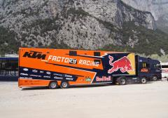 SEC Semi - Trailer voor KTM Racing